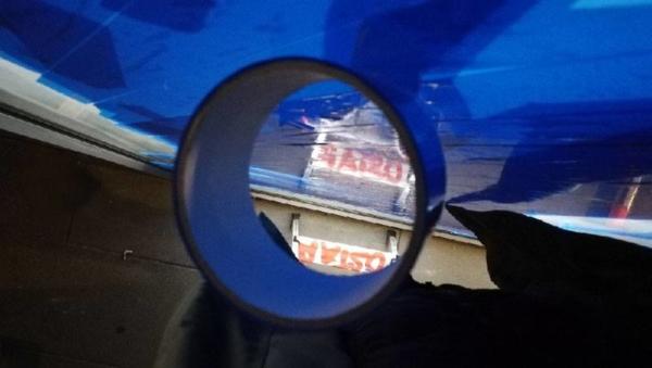 Blaues Panzerklebeband-Rolle