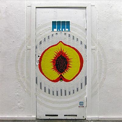 Peach-tape-art-graffiti-Neurotitan-Berlin-ostap2015-featured image