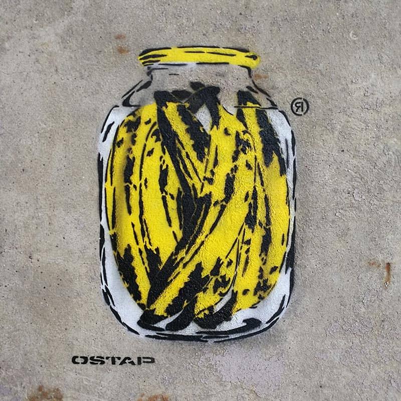 Stencil spray art-Bananas Can- Closeup