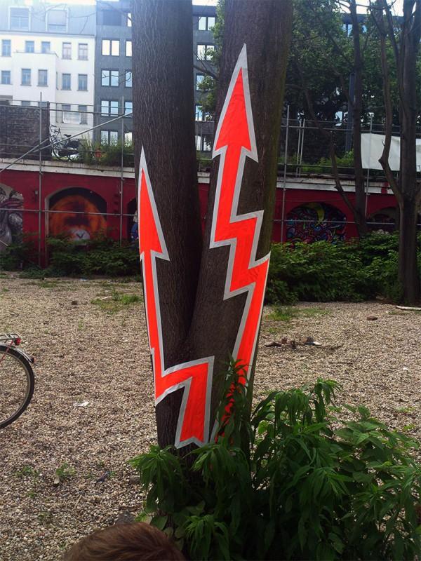 Power-Duct-Tape-Graffiti-on-Tree