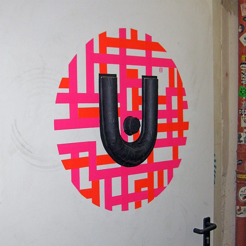 urban spree logo-3d-tape-graffiti-ostapartist-2013-side view